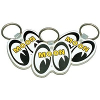 MOONEYES KEYCHAIN WHITE WITH EYE SHAPED LOGO MNMKR010